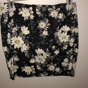 Candies work skirt medium